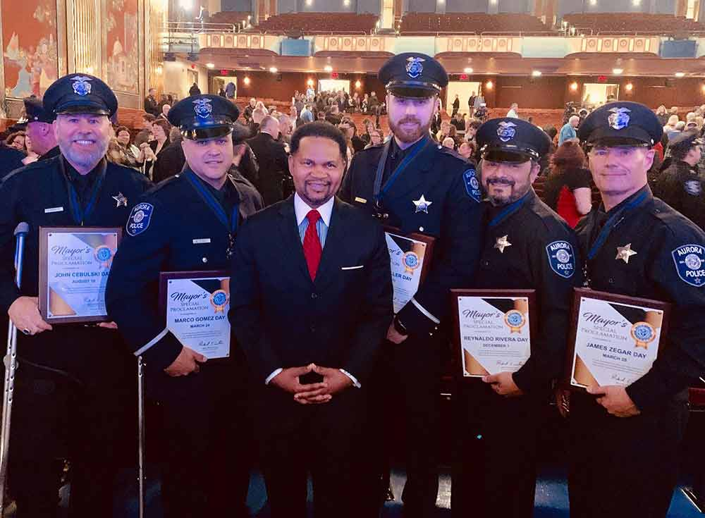 mayor-irvin-aurora-officers-day